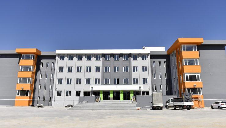 """Başkan Bahar'dan gençlere ve velilere çağrı : """"OSB Teknik Koleji'ne bekliyoruz"""""""