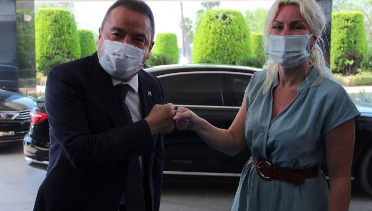 Başkan Böcek 109 gün tedavi gördüğü hastanede