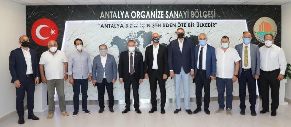 Başkan Böcek, OSB Başkanı Ali Bahar'ı ziyaret etti