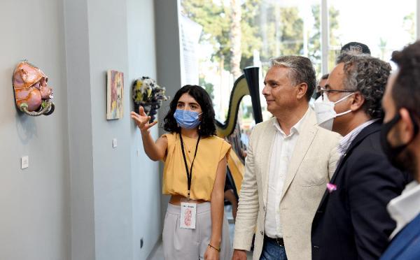 Başkan Uysal, 'Maskeler' sergini açtı