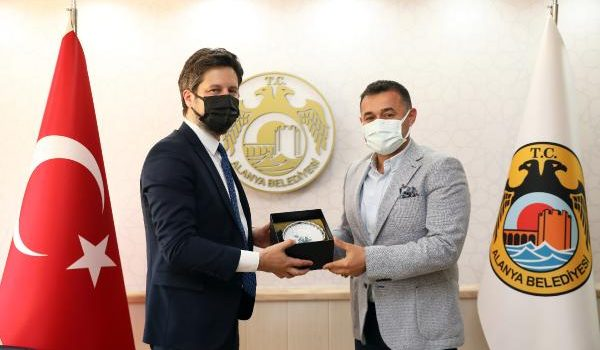 Başkan Yücel, Macaristan Büyükelçisi Matis'i ağırladı