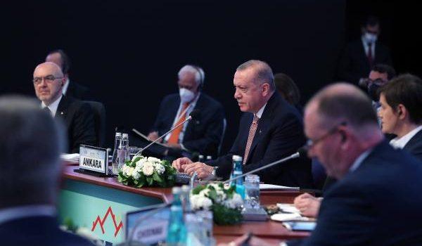 Cumhurbaşkanı Erdoğan: Tam üyelik mücadelemizin artık neticelenmesini istiyoruz /Fotoğraflar