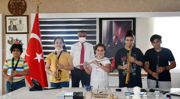 Gençlik Bandosu'ndan Başkan Topaloğlu'na ziyaret
