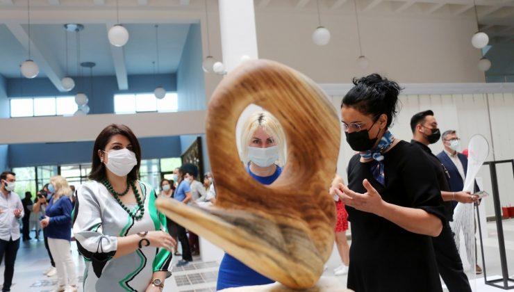 Güzel Sanatlar Fakültesi öğrencilerinin pandemi dönemi eserleri sergi oldu