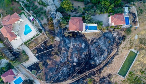 Kaş'ta orman yangını (4)