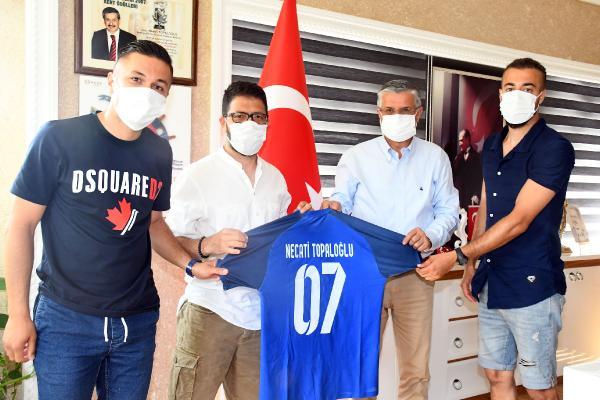 Kemer Futbol Kulübü'nden, Başkan Topaloğlu'na ziyaret