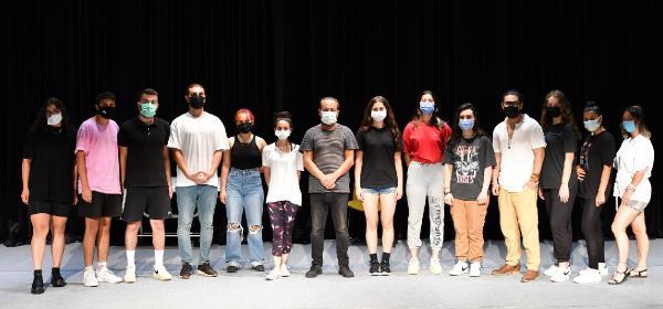 Konyaaltı'nda tiyatro oyunculuğu eğitimleri sürüyor