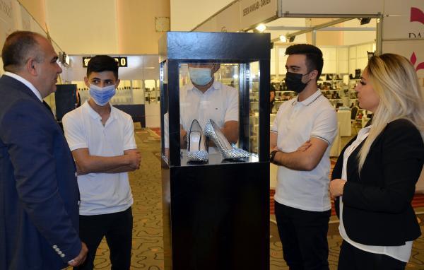 'Made in Turkiye' etiketli 140 bin TL'lik ayakkabı sergilendi