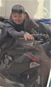 Motosiklet tutkusu baba oğlu ayırdı