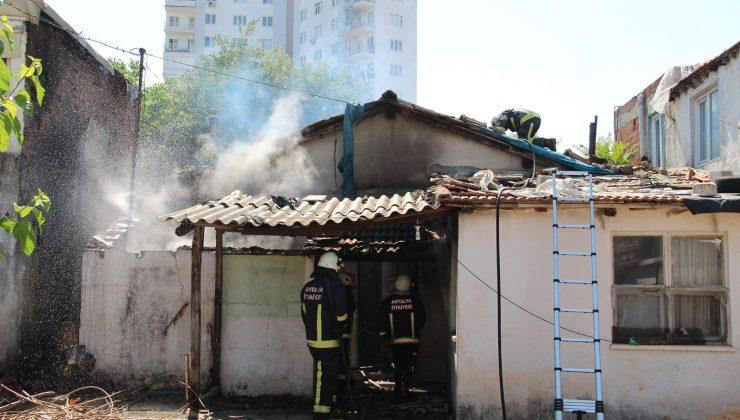 Müstakil evdeki yangın büyümeden söndürüldü