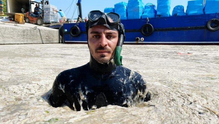 Antalyalı ünlü fenomen Marmara'da müsilaja daldı, denizin üstü ve altı içleri acıttı