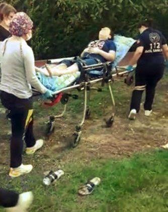 Parkta oynarken nefesi kesilen 11 yaşındaki çocuğun yardımına sağlık ekipleri yetişti