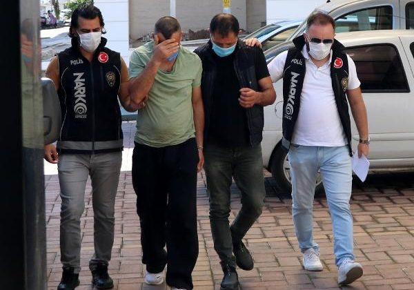 Polisten uyuşturucu baskını: 4 gözaltı