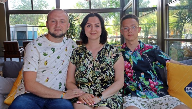 Rus turistler, otellerdeki Covid-19 tedbirlerine hayran kaldı
