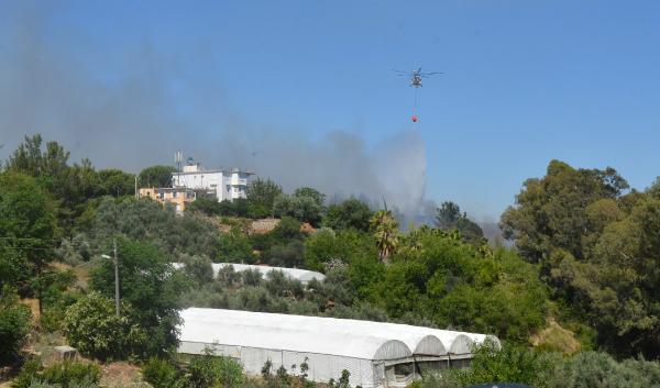 Serik'te yangının zararı 75 bin lira