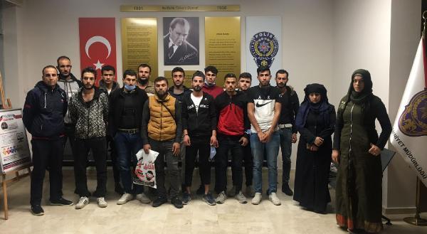 Suriyeli 21 kaçak göçmen yakalandı