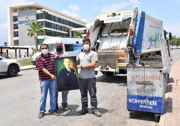 Temizlik işçilerinin 'Atatürk' duyarlılığı/ Ek fotoğraf