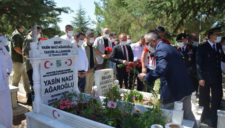15 Temmuz şehidi Yasin Ağaroğlu mezarı başında anıldı