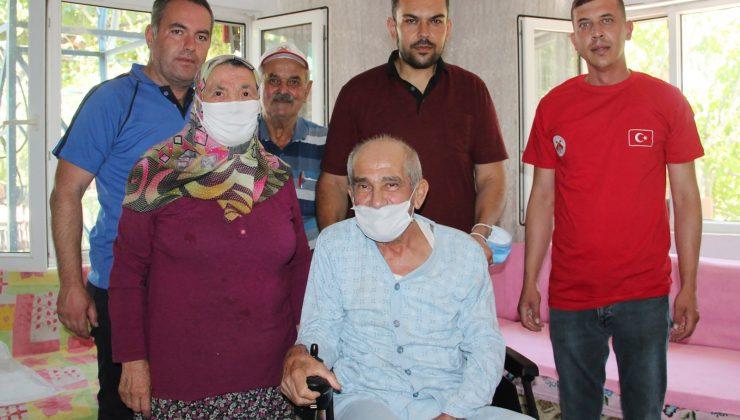 67 yaşındaki yaşlı adam hayalindeki akülü sandalyeye kavuştu