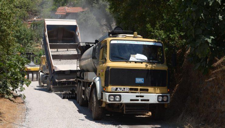 Alanya'da Orhan- Karamanlar yolu asfaltlanıyor