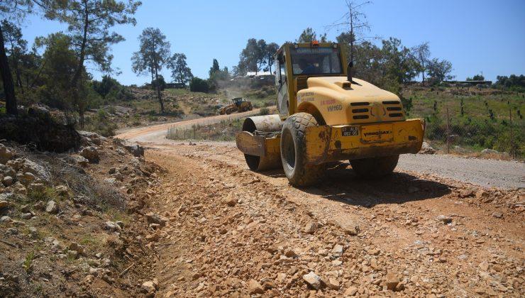 Alanya'nın Batı Mahallelerinde 70 kilometrelik asfalt için hazırlıklar başladı