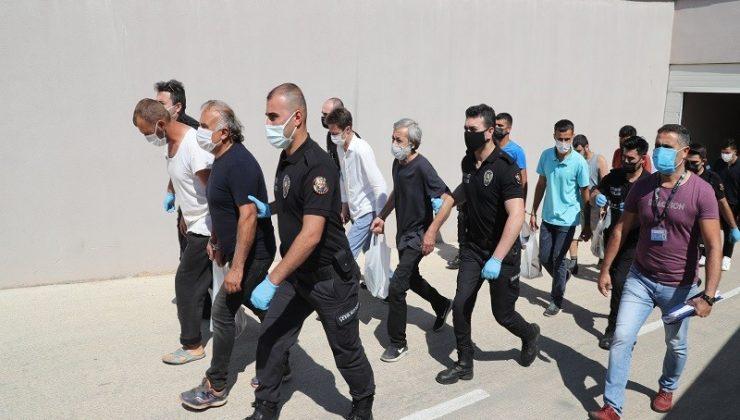 Antalya'da aranan 97 şüpheli yakalandı