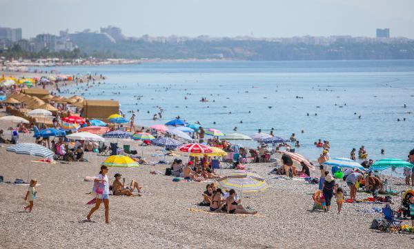 Antalya'da oteller bayram satışlarını kapattı