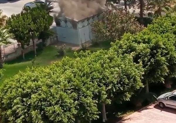 Antalya'da site bahçesindeki trafo yangını korkuttu