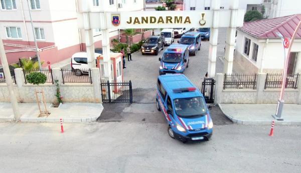 Antalya'da 'tefecilik' operasyonu: 25 gözaltı (2)- Yeniden