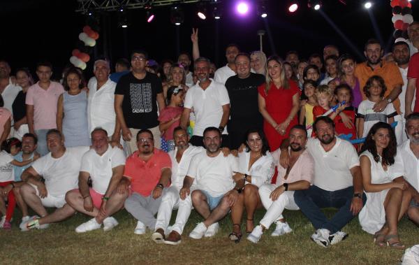 ANTİAD, White Party'de eğlendi