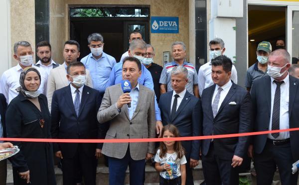 Babacan, parti binasının açılışını yaptı