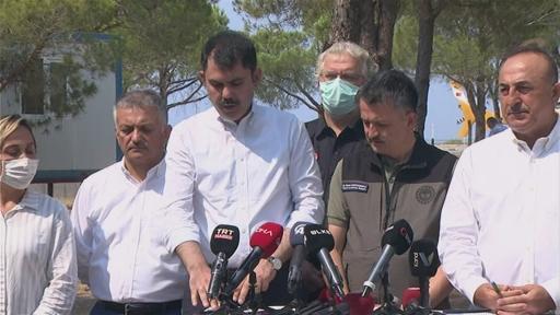 """Bakan Kurum: """"Çok büyük bir travma var. Vatandaşlarımız yangından ciddi anlamda etkilendiler"""""""
