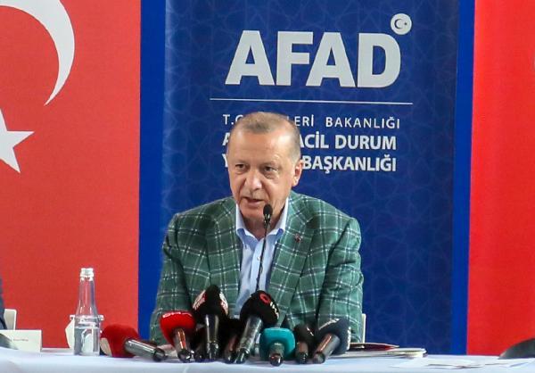 Cumhurbaşkanı Erdoğan afet bölgesinde/ Ek fotoğraflar