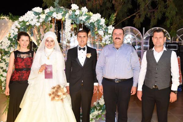 Demre'yi bir araya getiren düğün