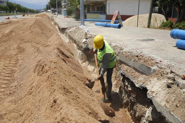 Dev içme suyu projesi hızla ilerliyor