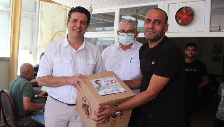 Döşemealtı'ndaki kahveci esnafına belediyeden hediye paketi