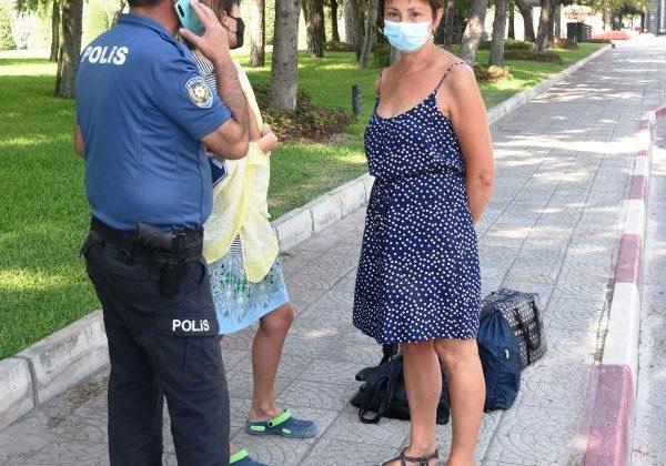 HES kodları olmayan Ukraynalı anne ile kızı otobüsten indirildi, polis otele bıraktı
