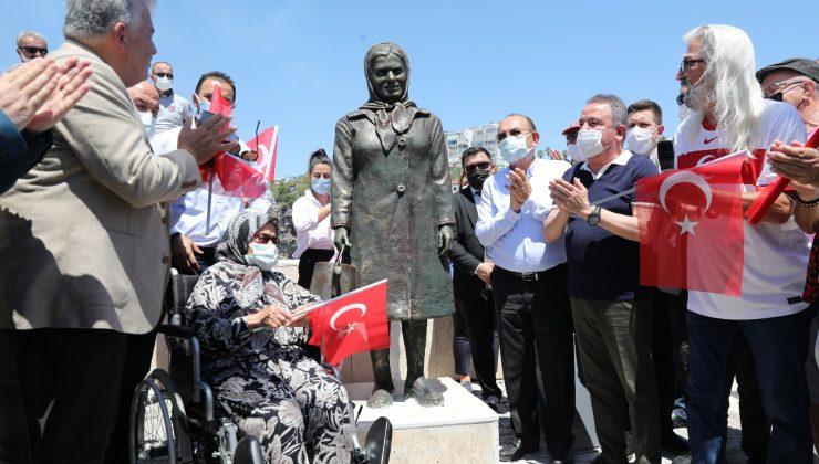 Kabotaj Bayramı'nda  Yat Limanı'nda simge isimlerin heykelleri açıldı