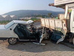 Kaş'ta kaza: 3 yaralı