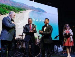 Kemer Belediyesi ekoturizm ödülü aldı