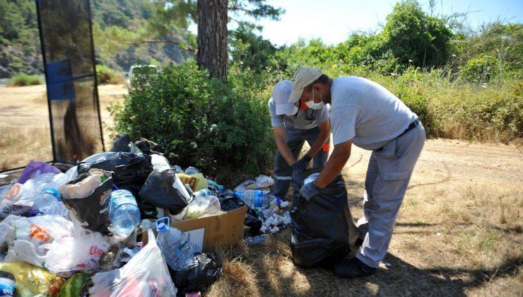 Kemer'de çöpler geri dönüşümüne kazandırılıyor