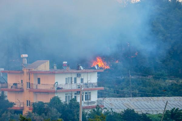 Manavgat'ta 4 ayrı noktada orman yangını (11)