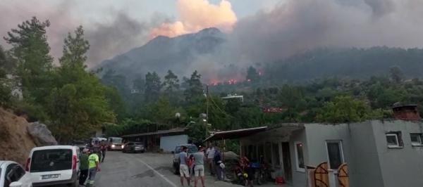 Manavgat'taki büyük yangın 3'üncü gününde (20)