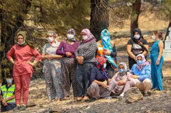 Manavgat'taki büyük yangın 3'üncü gününde (9)
