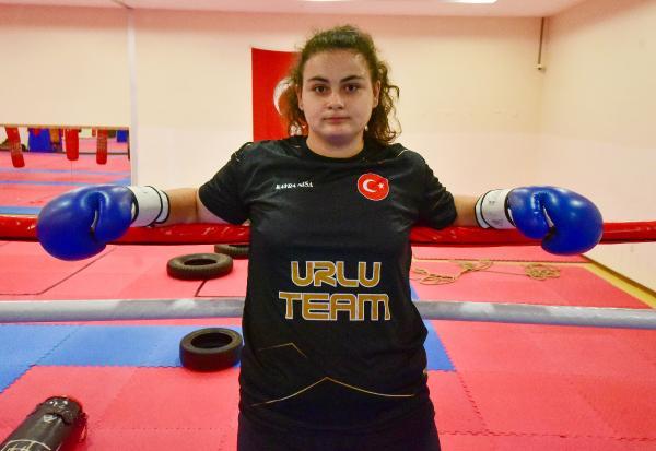 (ÖZEL) 15 yaşındaki Kayra'nın hedefi ağır sıklet dünya şampiyonluğu