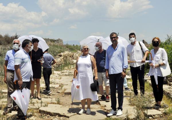 Prof. Dr. Alanyalı: Side Antik Kenti, modern yaşam ve turizmin iç içe olduğu tek bölge