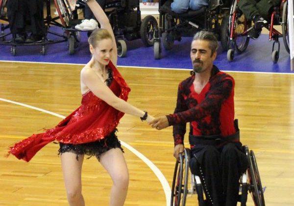 Tekerlekli Sandalye Türkiye Dans Şampiyonası Antalya'da yapıldı