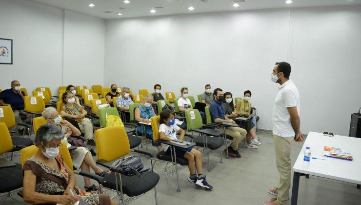 Yaşlı Meclisi eğitim programı başladı