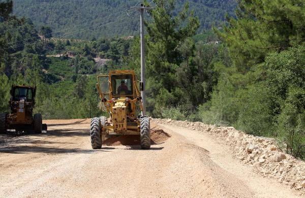 Yenikışla- Karacaören grup yolu asfaltlanıyor