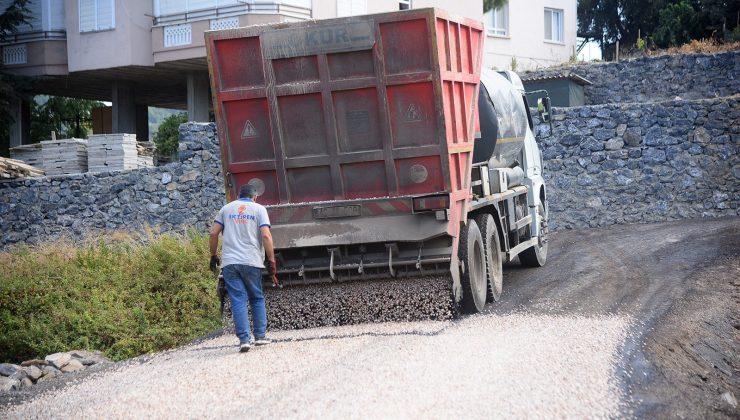 Alanya Belediyesi'nden doğu mahallelerine asfalt çalışması